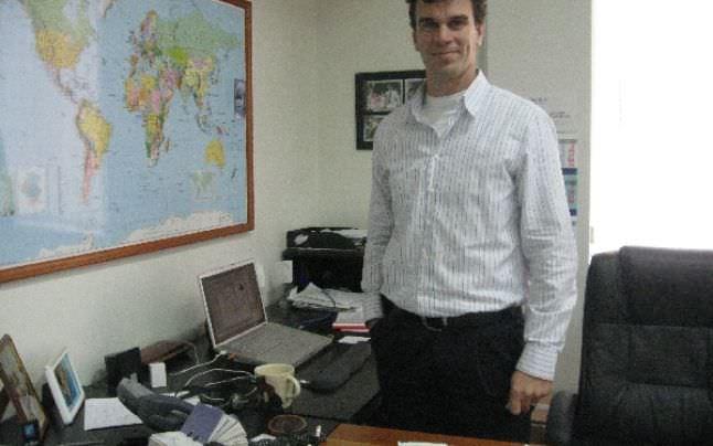 Jaco du Plessis - Centrul de protezare si ortezare Theranova